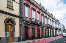 Verkauf, Haus/Bungalow, 420 m, Casa en Venta en Las Palmas, 1.250.000 €, Las Palmas